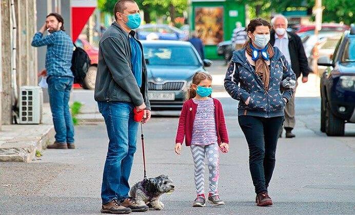 ¿Cómo afrontar el Coronavirus en Perros y Humanos?